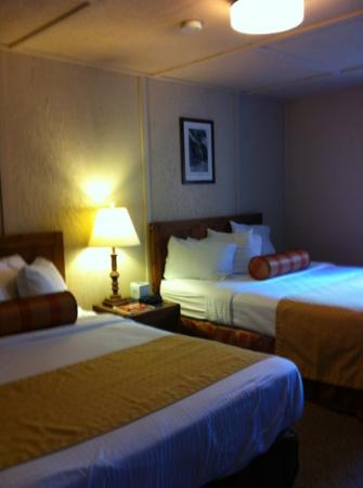 Mazama Village Motor Inn: chambre