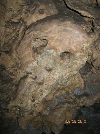 写真Cascade Caverns枚