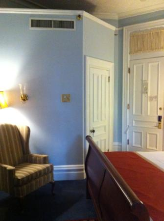 The Priory Hotel: different view of king room #101