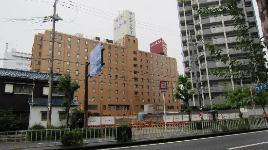 Hotel Oaks Shin-Osaka: 外観