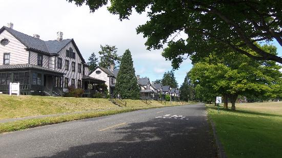 Fort Worden State Park: Military Housing Row