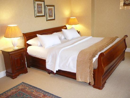 Bedroom at Ardmore Country House Hotel