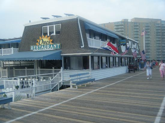 Oves Beach Grill Nicely Located At The Oc Boardwalk