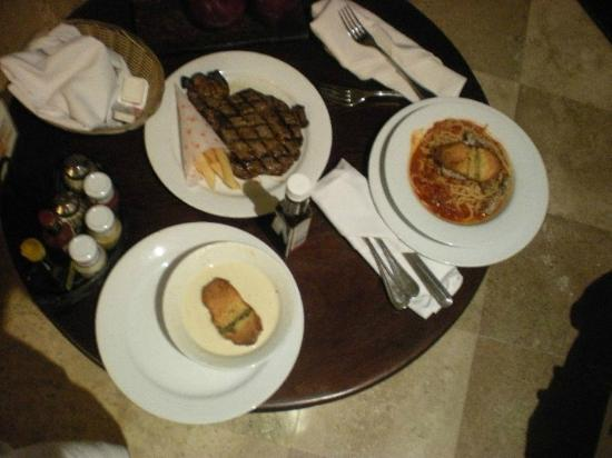 Secrets Maroma Beach Riviera Cancun: Room service at 3AM!