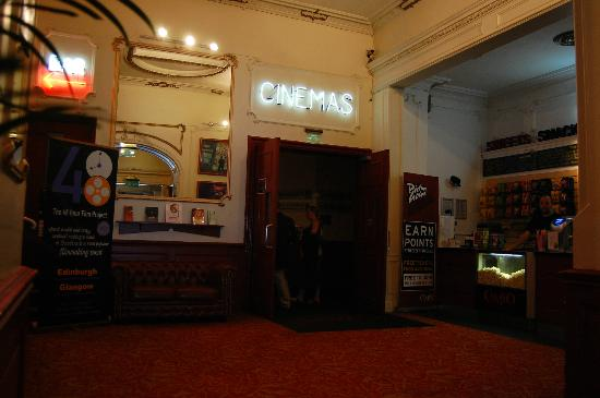 ‪Cameo Cinema‬