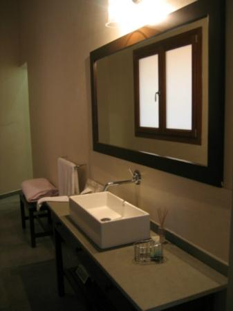 Casa Lucila Boutique Hotel: Awesome bathroom