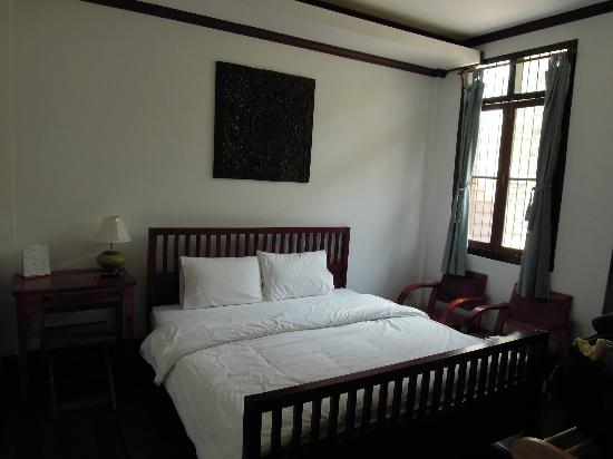 Sita-Norasingh Inn : 2nd floor double