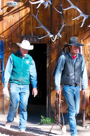 Geronimo Trail Guest Ranch: Harry & Clinton