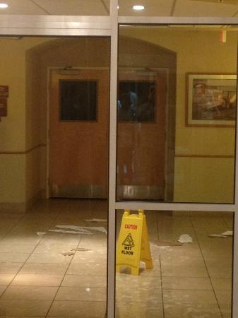 Sleep Inn & Suites Ocala - Belleview: Water pouring out of lobby ceiling