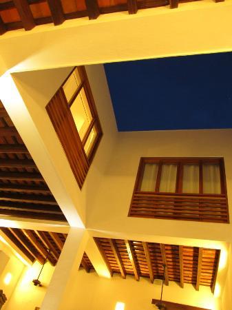 La Casa del Agua: El azul del cielo cerca al atardecer, combina muy bien.