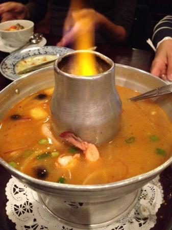 Thai Palace: Tom Yum Soup - Excellent