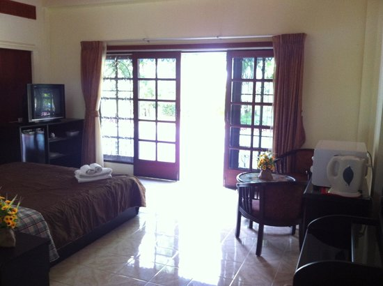Rawai Beach Guesthouse: King Room