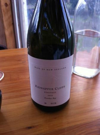 Te Awa Winery Restaurant & Cellar Door: Kidnappers Cliffs Pinotage