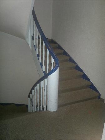 Hotel Munich City: Escaleras para subir a las habitaciones