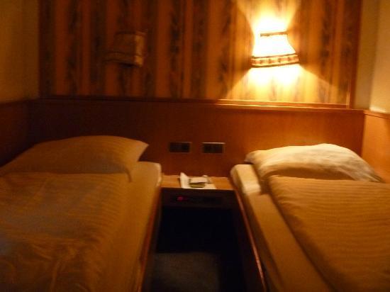 Hotel Munich City: Cuarto