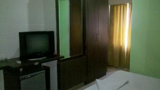 Hotel Royal Residency: RoomView
