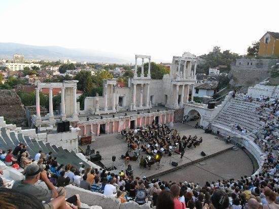 Plovdiv, Bulgarien: Enjoy a concert at an ancient theatre!