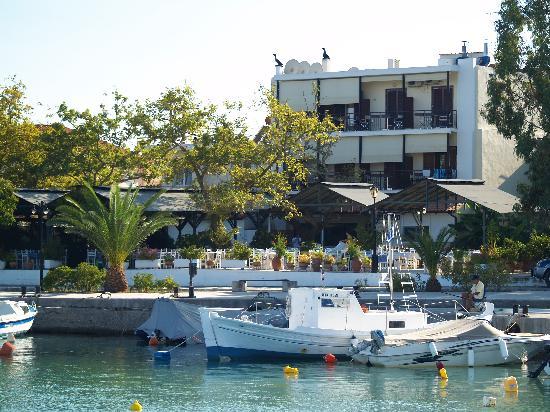 Akroyali Hotel & Villas