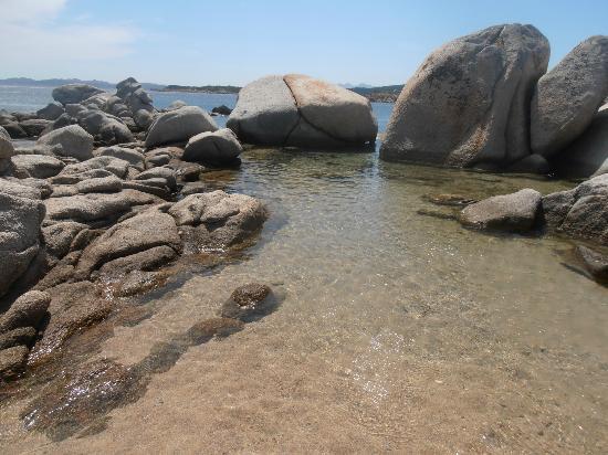 Resort Valle Dell'Erica Thalasso & Spa : piscinetta naturale Caracoli