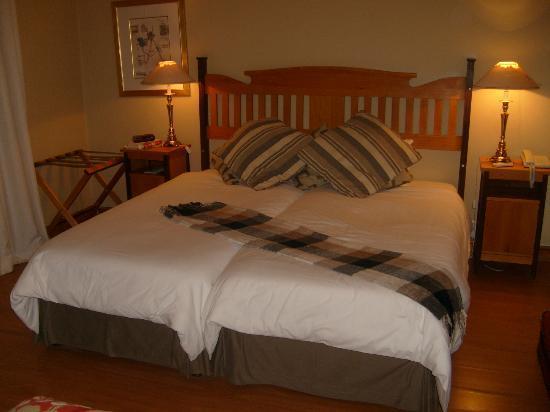 Montagu Country Hotel: Luxury Bedroom