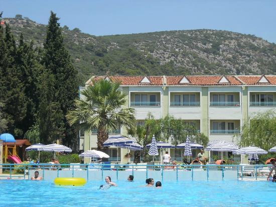 Luana Hotels Santa Maria : Hill