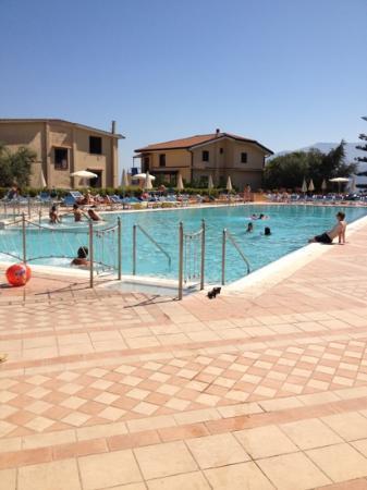Grand Hotel Vesuvio: piscina