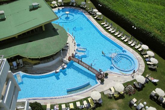 Esplanade Tergesteo: Beheizter Außenbereich Thermalschwimmbad