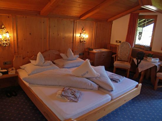 Hotel das liebling: Our Bedroom