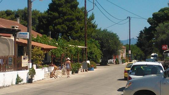To Petrino : Easy walking, plenty of parking space.