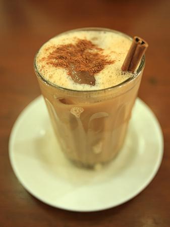 "Restoran Aceh ""Meutia"": the great tea tarik with real cinnamon"