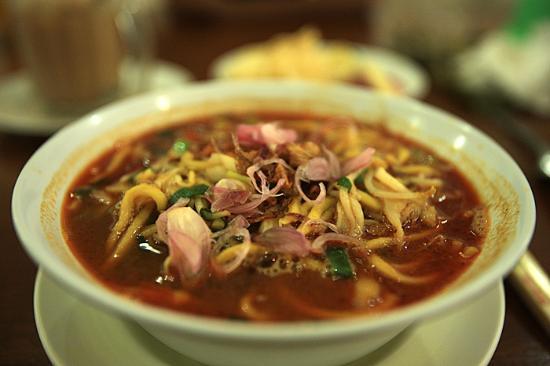 "Restoran Aceh ""Meutia"": the noodle"