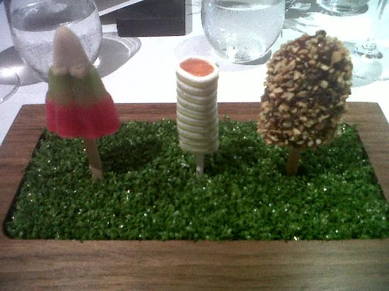 Bray on Thames, UK: Savory lollies, salmon wrapped in horseradish avo cream and the best ever foie gras