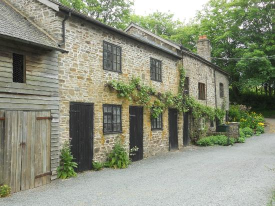 Birches Mill: Building containing self catering