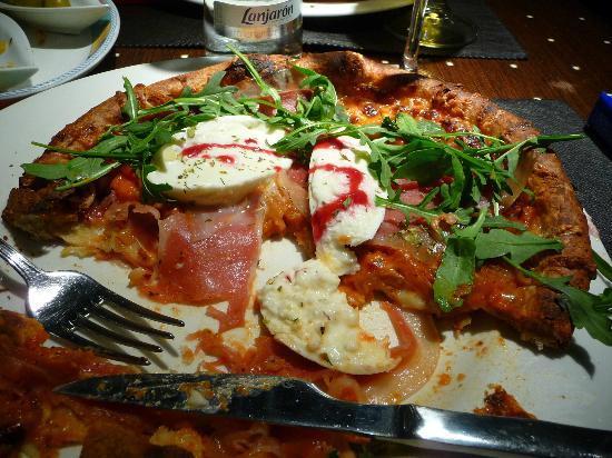 Restaurante La Castellana: Pizza da dimenticare.
