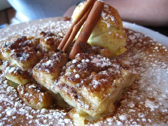 Restaurante BG bar: Apple Crumble at BG Bar