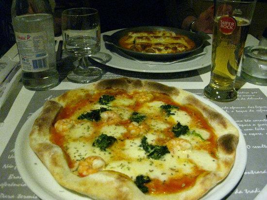 Pizza and cannelloni at Di Casa