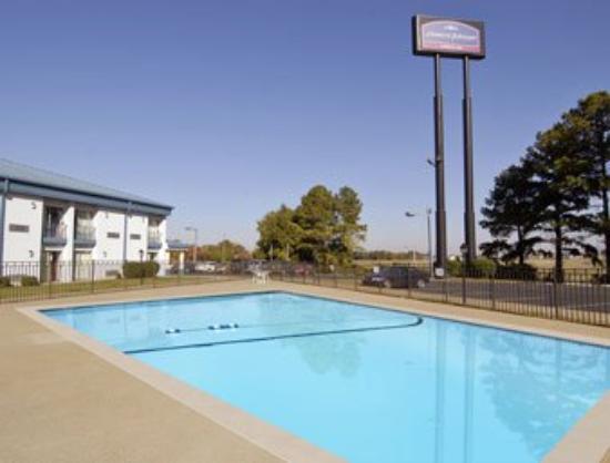 سيليكت إن مورفريسبورو: Pool