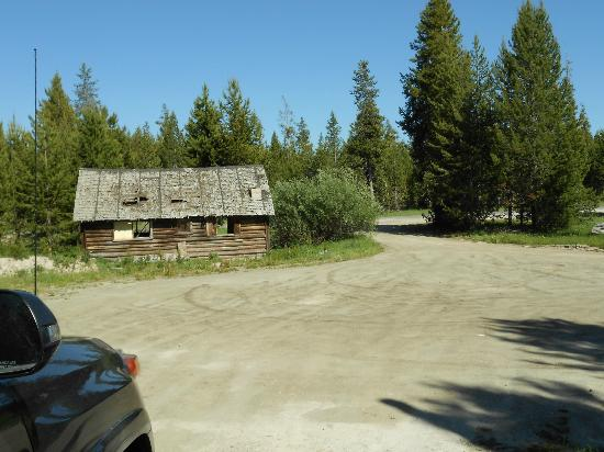 The Pines at Island Park: dumpy cabins in front