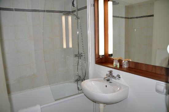 Hotel Inn Design Resto Novo Sainte Luce Sur Loire: unser Badezimmer