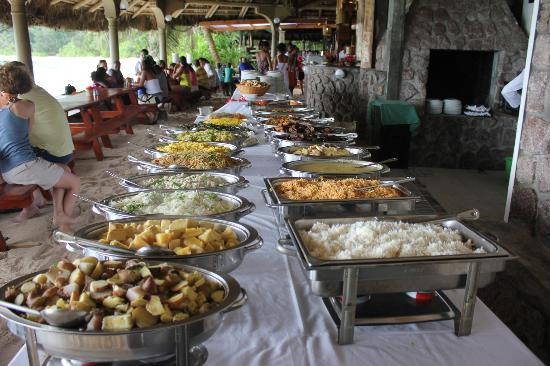 Chez Batista Villas: Creole Sunday buffet