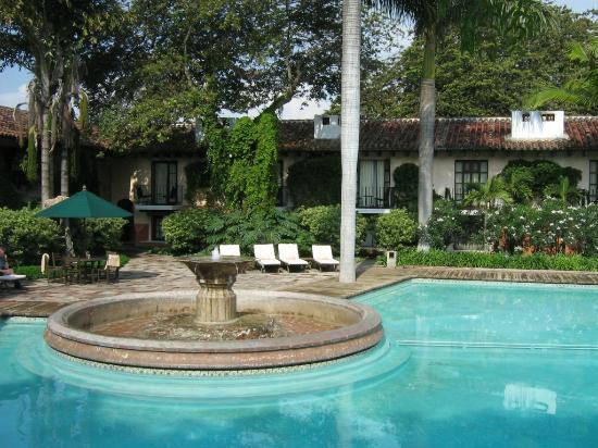هوتل كازا سانتو دومينجو: área externa 