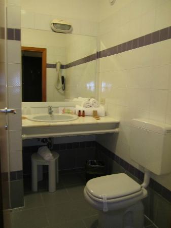 Hotel Executive: bagno