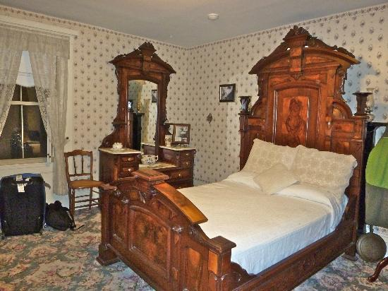Lizzie Borden House: Bedroom where stepmother was killed