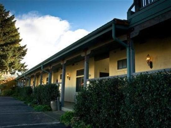 Sonoma Creek Inn: Exterior