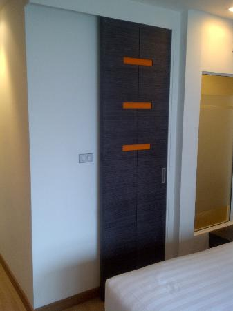 Studio Sukhumvit 11 by iCheck inn: Door