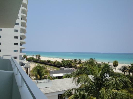Hotel Riu Plaza Miami Beach : Vue de la chambre
