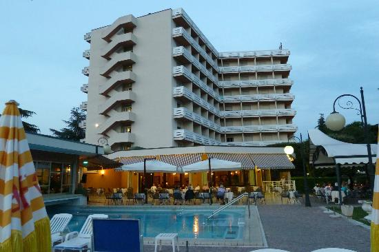 Apollo Hotel Terme: Hotel