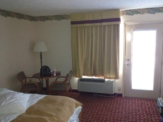 Park Grove Inn: room706