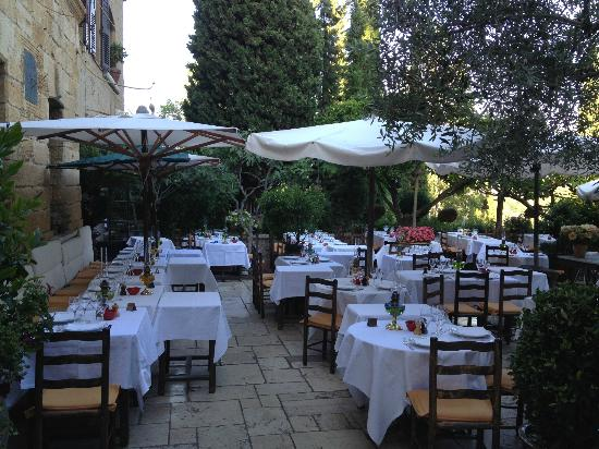 La Colombe d'Or : The restaurant