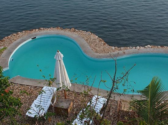 Puerto Del Sol Resort Hotel and Dive Center Coron: Swimming Pool